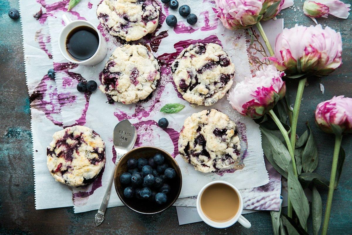 Crumble owocowe, czyli owoce pod kruszonką – przepis