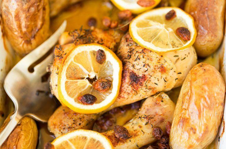 Udka kurczaka pieczone z cytryną w ziołach - przepis