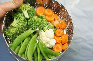 warzywa na parze z sosem jogurtowym przepis