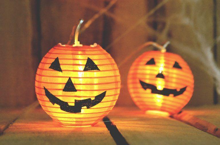 Jak zorganizować Halloween Party? Akcesoria halloweenowe