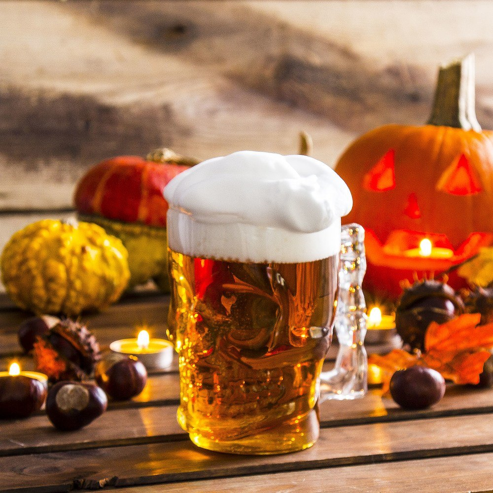 Kufel do piwa szklany czaszka