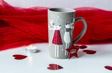 Fajne kubki świąteczne na prezent - jakie wybrać?