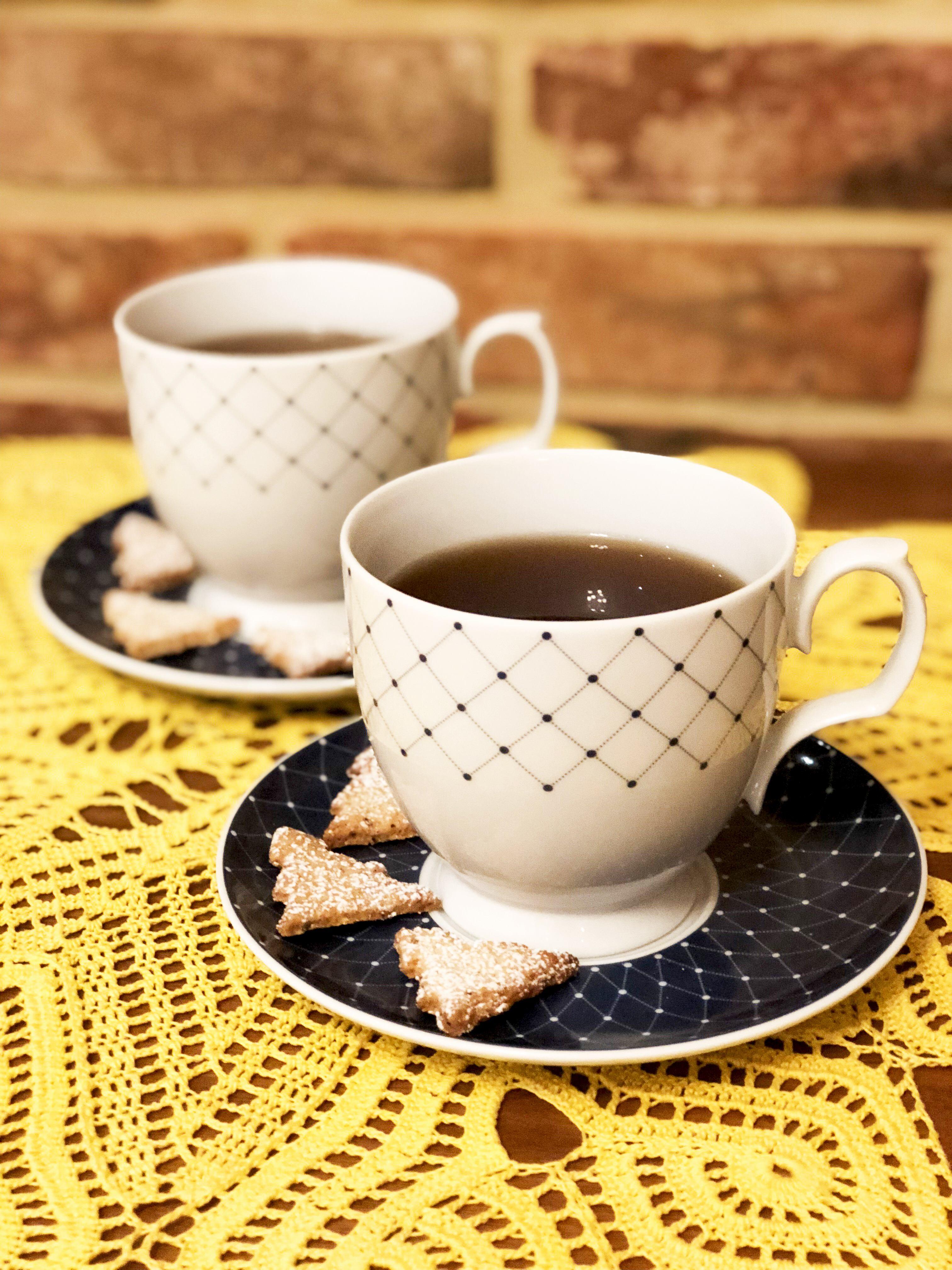 Orzechowe ciasteczka świąteczne do kawy i herbaty