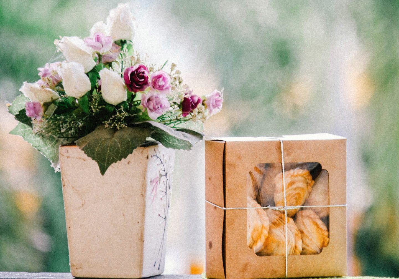 Pomysły na prezent na Dzień Babci – co kupić dla babci?