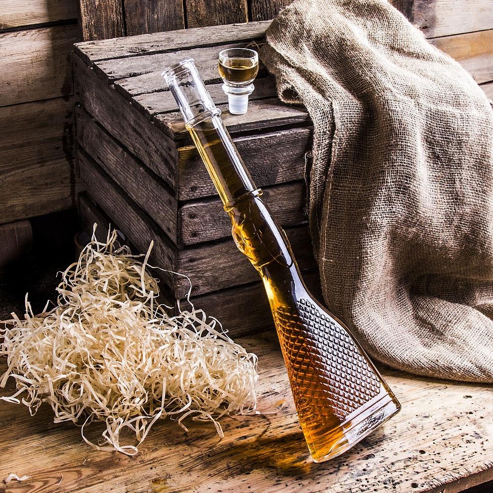 Karafka do whisky w kształcie strzelby
