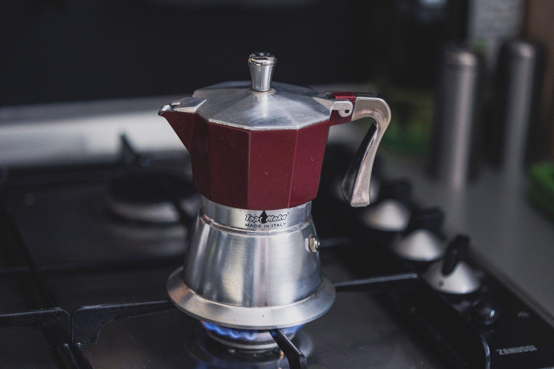 Jaką kawiarkę kupić i na co zwrócić uwagę? Rodzaje kawiarek