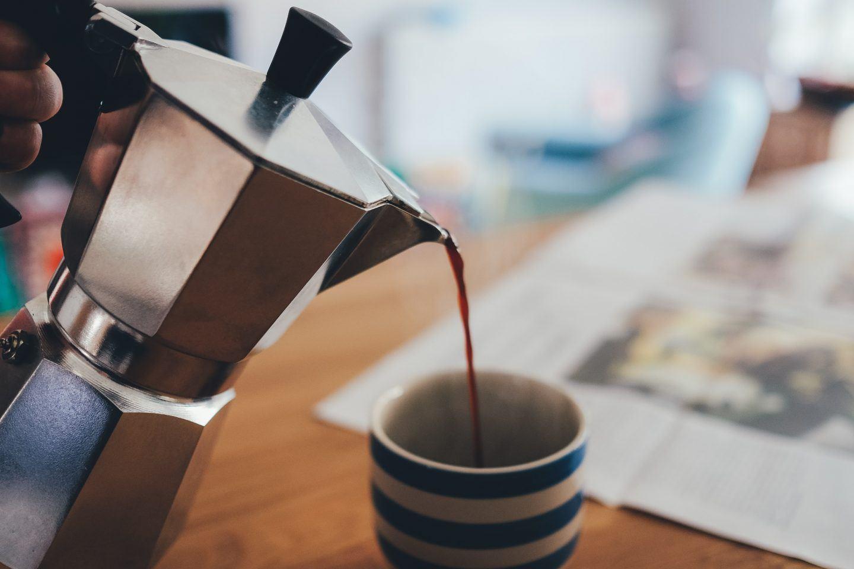 Kawiarka aluminiowa czy stalowa – jaka lepsza?