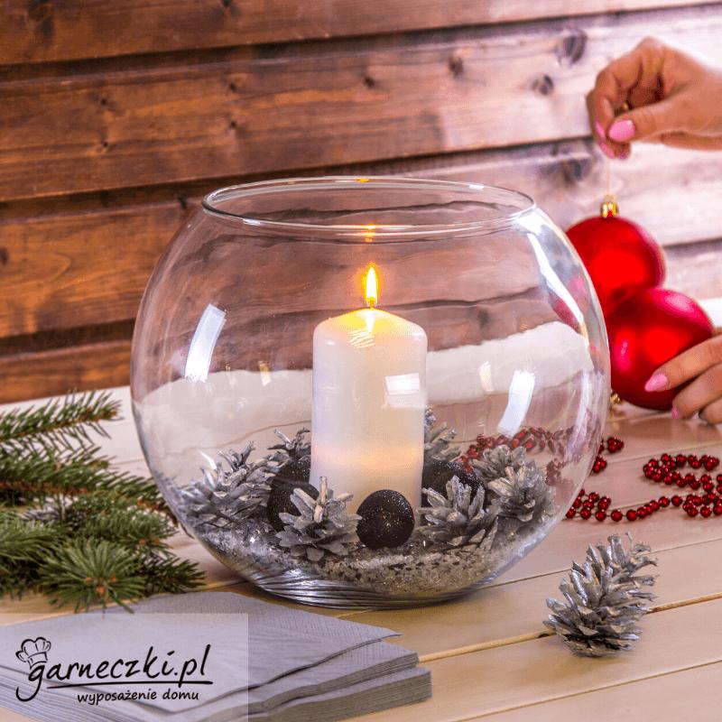 Stroiki bożonarodzeniowe w szklanych naczyniach