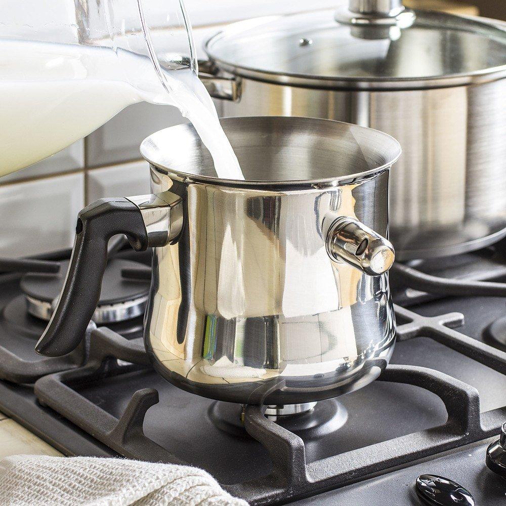 Garnek do gotowania mleka z gwizdkiem