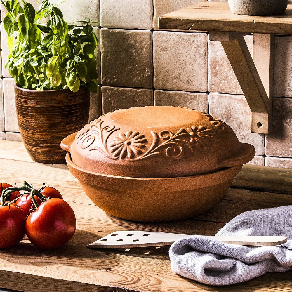 Gliniane naczynie do pieczenia chleba