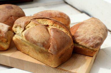 W czym najlepiej przechowywać chleb?