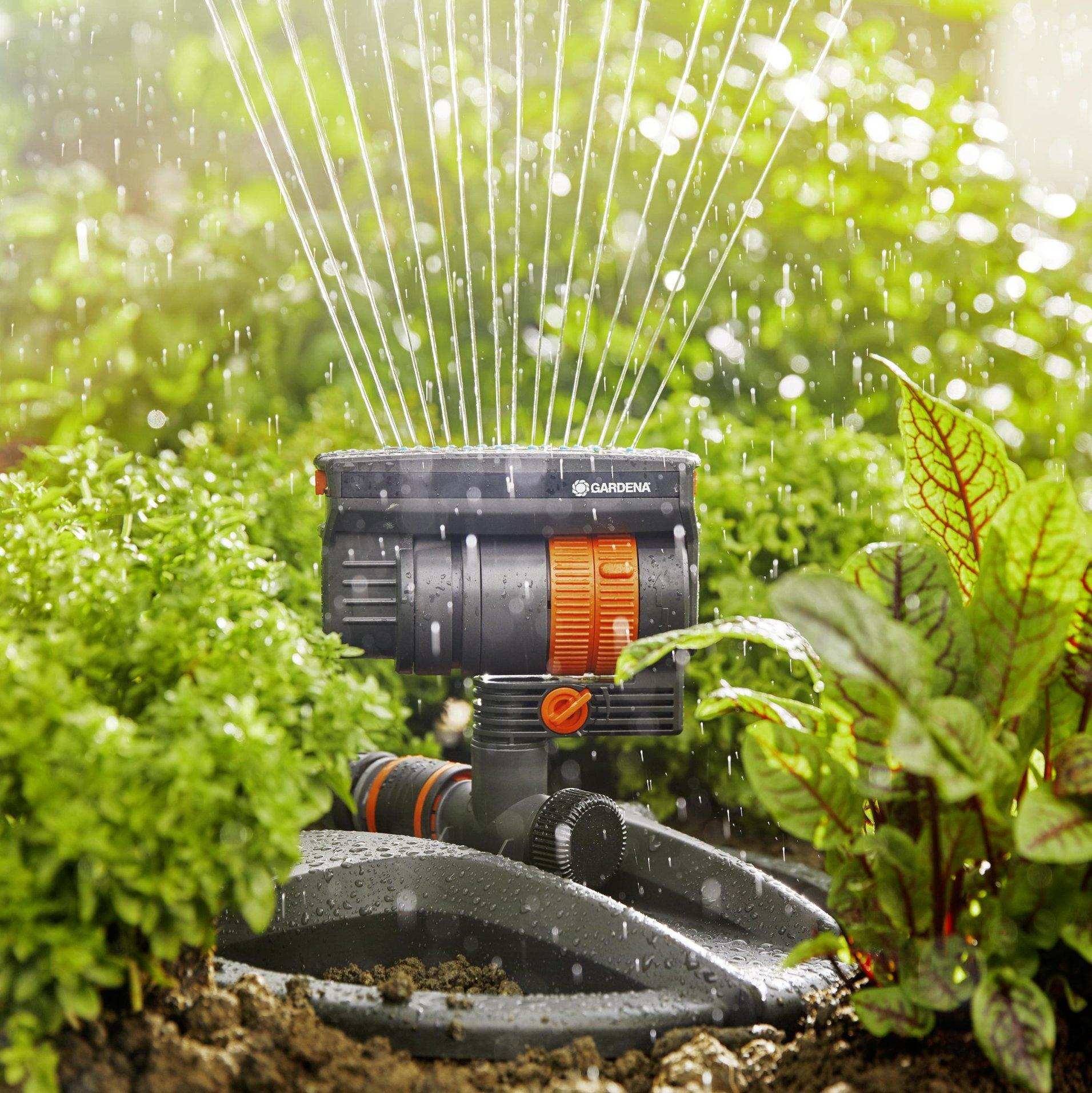 Zraszacz ogrodowy Gardena Aquazoom Compact