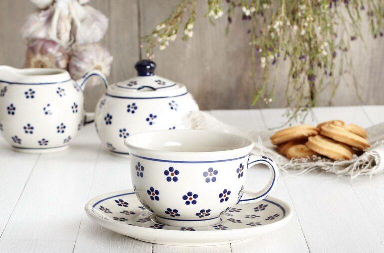 ceramiczna zastawa stołowa
