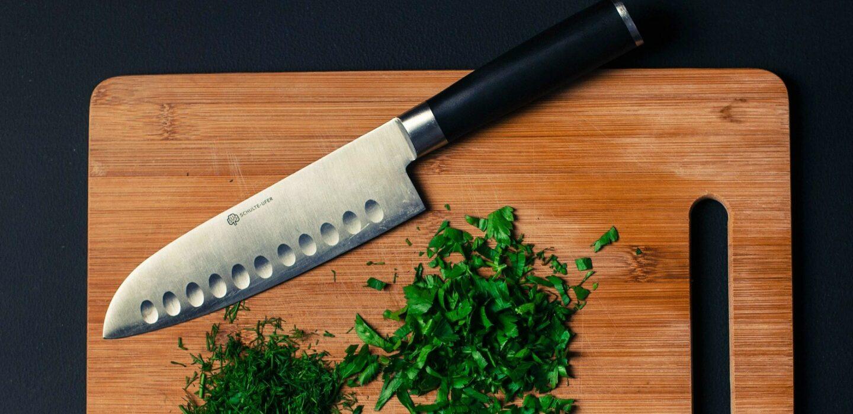 Nóż Santoku - do czego służy i czy warto mieć go w swojej kuchni?