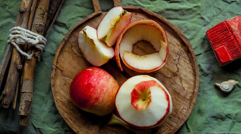 Jak zrobić ocet jabłkowy z obierek?