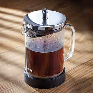 French press / Zaparzacz do kawy tłokowy szklany JUDGE ILLUSION 0,6 l