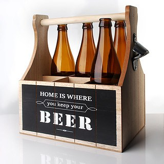 Skrzynka na piwo drewniana HOME IS WHERE YOU KEEP YOUR BEER JASNOBRĄZOWA 28 x 16,5 cm