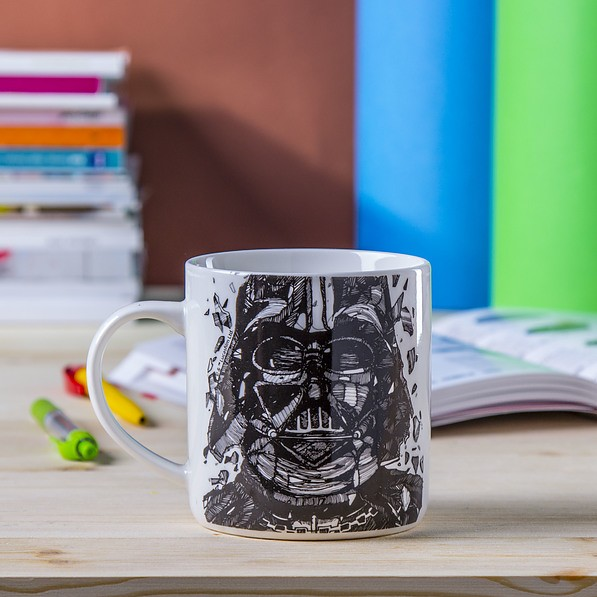 Kubek porcelanowy DISNEY STAR WARS DARTH VADER BIAŁY 320 ml