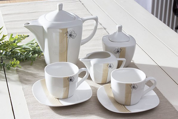 Serwis kawowy AMBITION JULIETTE na 6 osób (17 el.)