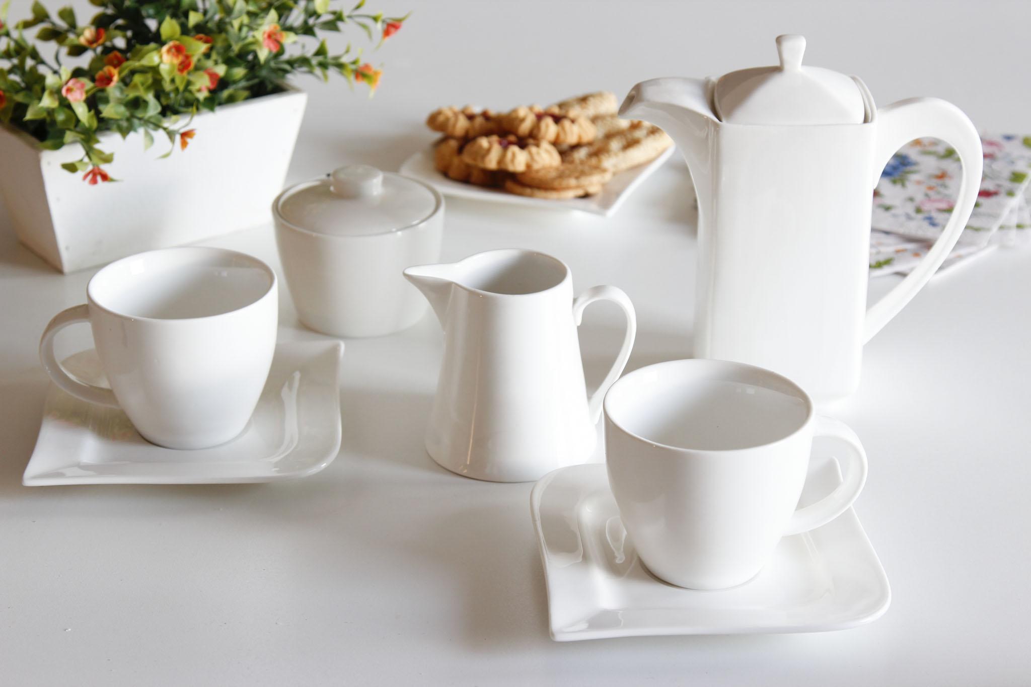 Serwis Kawowy Porcelanowy Ambition Fala Biały Na 12 Osób 29 El